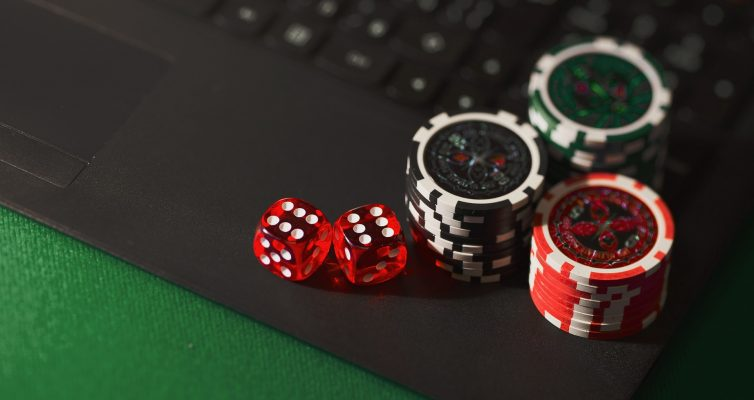 Holding A Casino-Theme Party For Corporate Event